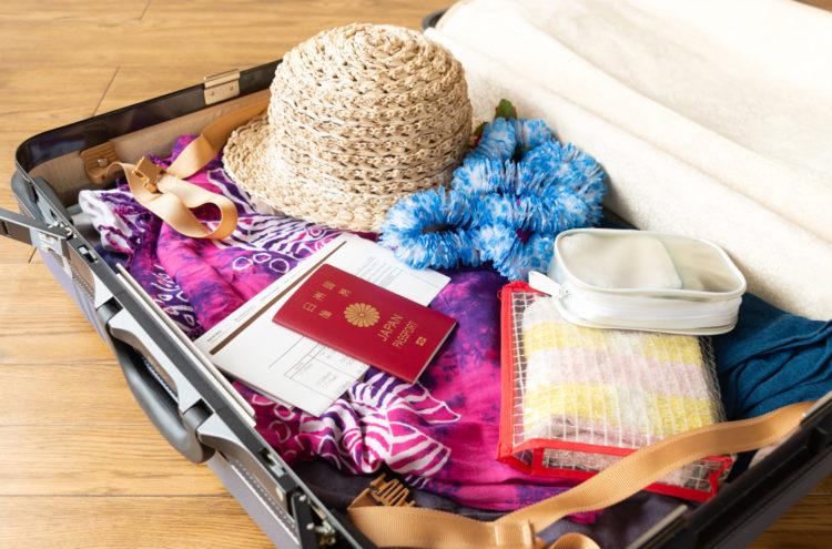 入国時、荷物がバラバラだと審査が遅れちゃいます。