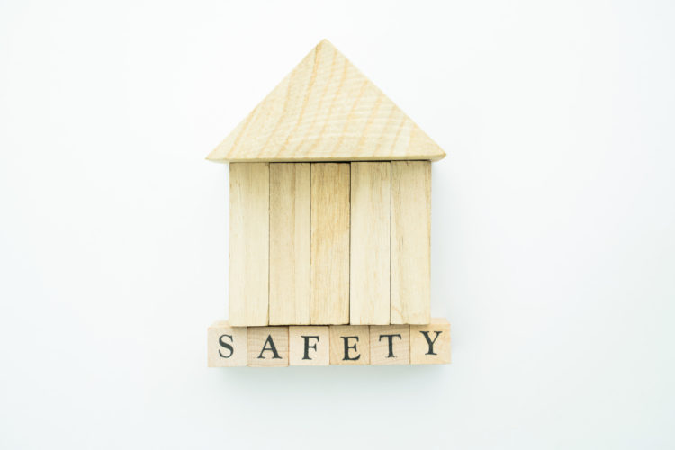 家を守る火災保険イメージ
