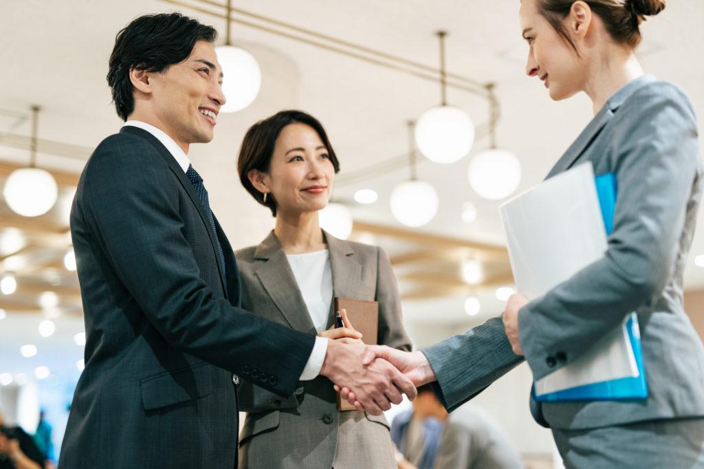 【老後の資産形成特集10】海外から全世界を対象に投資をする方法②IFAを活用する