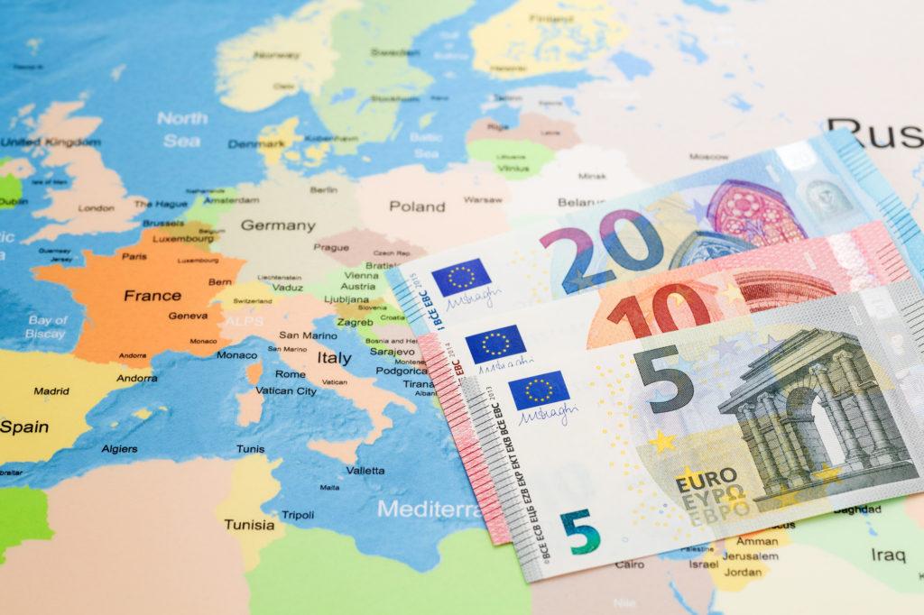 ユーロの歴史を解説【ヨーロッパ中で使われる通貨の誕生から現在まで】